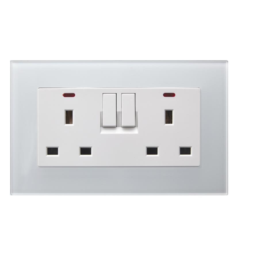 13A Double UK Standard Wall switch socket